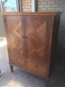 Solid timber cabinet Mahomets Flats Geraldton City Preview
