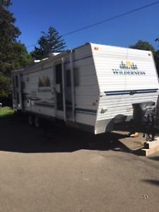 Camper/ travel trailer
