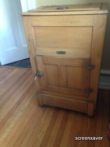 Vintage Old Fashion Pine Ice Box