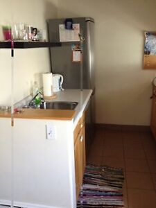 COZY FURNISHED ONE BEDROOM IN SOUTH END, MAY 1 to AUG 31
