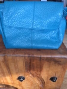 Thirty one Fashion Week Jewell purse- reduced
