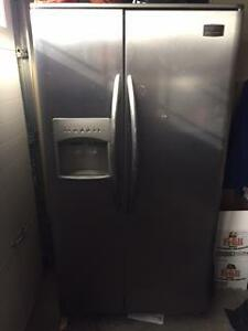 Fridgedaire side by side