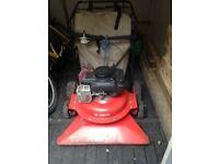 Garden Vacuum: Tornado petrol leaf vacuum