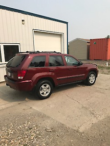 Great vehicle for winter.  2007 Jeep Grand Cherokee