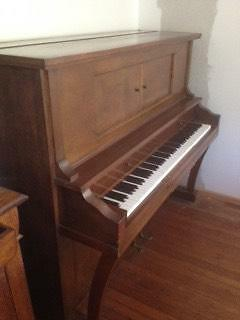 Piano - Mignon 4424 Soldiers Point Port Stephens Area Preview