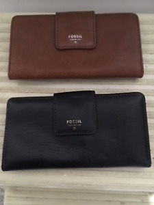 Fossil wallets - leather - Christmas is coming