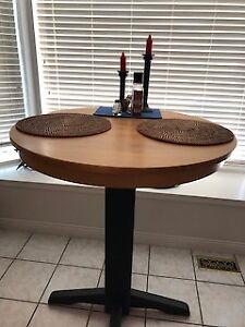 Wood kitchen bar table