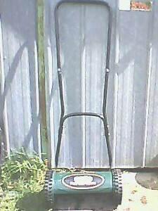 push lawn mower Clayton Monash Area Preview