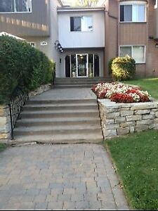 Renovated 2 Bedroom Townhouse at Lakeshore Villa in Dorval