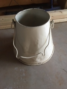 unique bucket