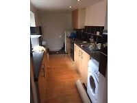 House to let town centre 2/3 beds