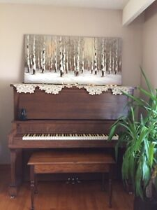 Good quality piano, delivery included