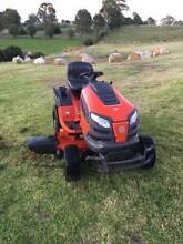 "Husqvarna Tractor Ride On Lawn Mower 42"" Fab Deck 22hp B&S Motor Sydney City Inner Sydney Preview"