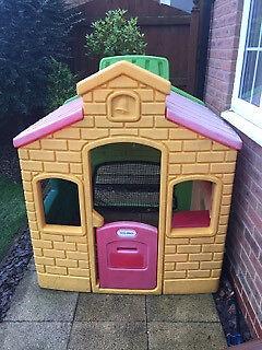 Little Tikes School House