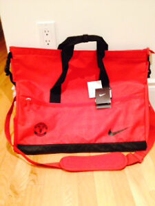 Brand New Authentic Nike Manchester United Soccer Bag