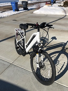 BATTERY OPERATED SURFACE604 ROOK BIKE, SENIOR OWNED