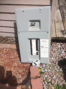 100Amp Federal Pioneer StabLok Electrical Panel with breakers