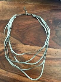 Silver fluid chains necklace
