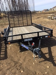 PRICE REDUCED! 2017 SINGLE AXLE TRAILER 10FT (3500LBS GVW)