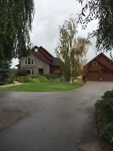 Beautiful home on acreage-6 month rental only
