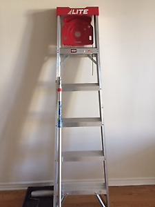 LIKE NEW 6 FT STEPLADDER AND PAINTING POLE