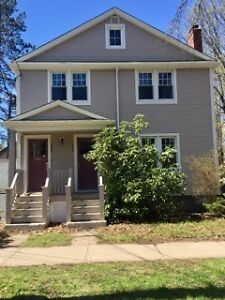 Bright and spacious upper South End flat $1650 + utilities