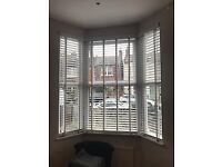 White Wooden Venetian Blinds (taped) (*3 Fit Bay Window)