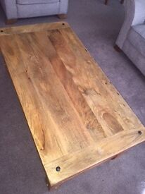 Oakland Furnitureland Coffee Table