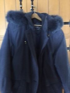 WOMENS WINTER COAT AND COLUMBIA WINTER BOOTS