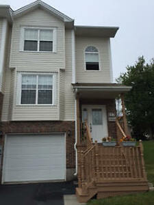 Parkland Drive - Townhouse (END UNIT)