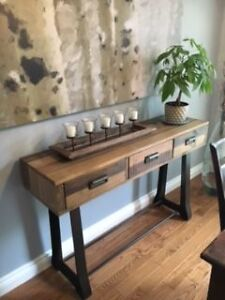 Urban barn buy or sell coffee tables in ontario kijiji for Coffee tables urban barn