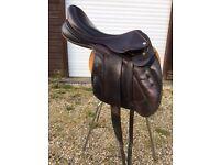 Black Country Vinici Jumping Saddle