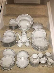 Noritake Sweet Leilani china serves 10, includes lots of extras
