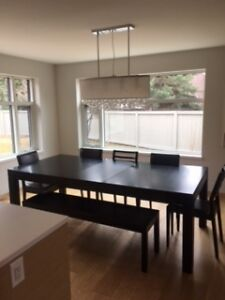 Gorgeous modern dining room table set with 6 chairs & bench