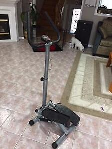 Stepper with Handle Bar For Sale