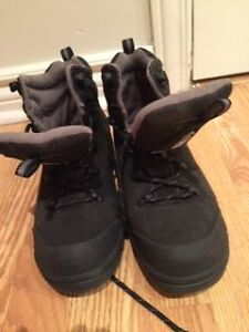 Boy's water proof boots (Stonedry) size 5 West Island Greater Montréal image 1