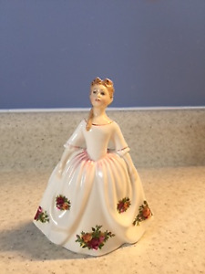 Royal Doulton Old Country Roses Figurine 1992 Bone China