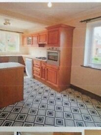 TO LET HEXHAM TOWN SPACIOUS MASIONETTE, 3 BEDROOMS, YARD / PATIO, DBLE GLAZED, CONVENIENT LOCATION