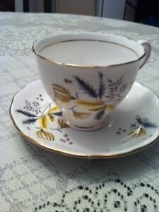 Colclough Blue and Yellow wheat on White bone china w/gold trim