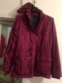 Dark pink ski jacket - size 8 by Dare2B