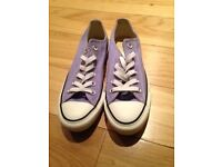 LADIES CONVERSE TRAINERS SIZE 5 (BOXED)