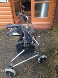 3 wheeled mobility frame with brakes