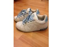 Heelys Girls White and Baby Blue Roller Trainers Size UK 5