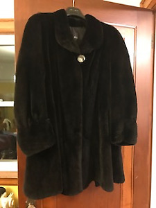 Beautiful Black Mink Coat - 3/4 Length