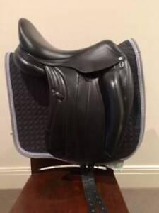 "Equipe Viktoria Dressage Saddle - Black 17"" +1 Lilydale Yarra Ranges Preview"