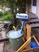 2 HP Evinrude Outboard gas Motor