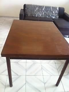 1 Brown Wooden Table with 2 Extensions