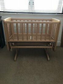 Mamas and Papas Deluxe Wooden Gliding Crib