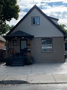 45 East 26th HOUSE FOR SALE *PRIVATE* Hamilton East Mtn.