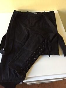 Women's bottoms/skirts ALL NEW OR LIKE NEW Kitchener / Waterloo Kitchener Area image 8